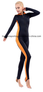 Women`S One-Piece Lycra Hooded Rash Guard for Swimwear, Sports Wear and Diving Wear pictures & photos