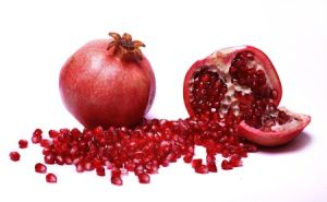 Pomegranate Seed Oil Rich in Puninic Acid for Supplement pictures & photos