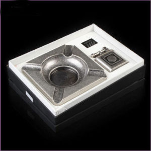 Guevara 2 in 1 Classical Metal Cigar Ashtray & Two Straight Jet Flame Elegant Lighter (ES-EB-014) pictures & photos