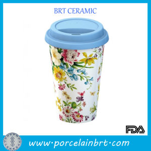 Flower Painted Coffee Cup with Lid pictures & photos