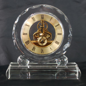 Lovely Student Crystal Glass Clock for Gifts pictures & photos