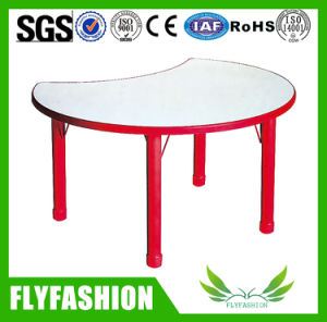 Simple Design Children Furniture Kid Study Table Desk (SF-52C) pictures & photos