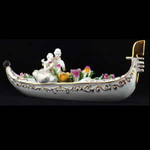 Ceramic Figure Porcelain Figure Miniature Boat Wedding Gifts Fine Porcelain (0624-1)