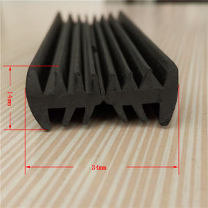 Custom High Demand Rubber Seal Strip Product pictures & photos