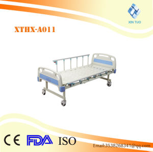 Factory Direct Low Price Hospital Bed Orthopedic Manual Care Bed pictures & photos