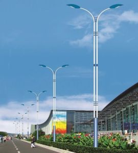 Customed Steel Lighting Pole in China pictures & photos