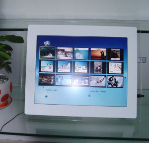 19inch LCD Digital Frame pictures & photos