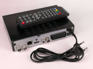 HD DVB-T2 H. 265 Receivers with LAN and RF out, Supports European and Arabic IPTV pictures & photos
