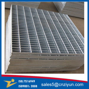 Professional Grating Fence Perforated Steel for Road and Platform pictures & photos