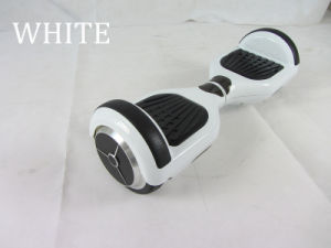 White Color Balance Electric Scooter Akateboard