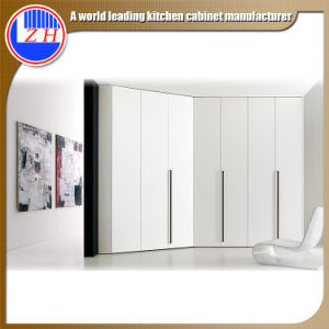 Glossy White Wooden Wardrobe for Hotel Furniture (customzied) pictures & photos