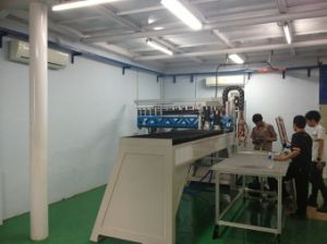 Rubber Gasket Foam Sealing Machine pictures & photos