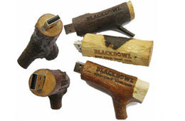 Eco-Friendly Wooden USB Flash Drive, Full Capacity Available pictures & photos