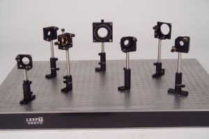 Lsbf-1yt Beamsplitter Optical Two Axis Mirror Mount pictures & photos