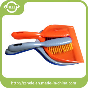 Green Dustpan with Rubber, Cleaning Dustpan pictures & photos