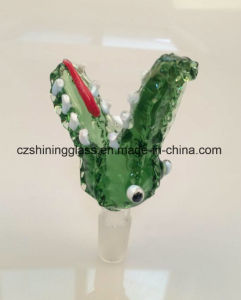 The Crocodile Mouth Shape Glass Herb Bowl Smoking Accessories pictures & photos