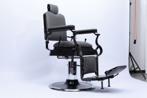 New Style Green Durable Heavy Duty Electric Luxury Classic Used Antique Barber Chair Vintage for Sale & China New Style Green Durable Heavy Duty Electric Luxury Classic ...