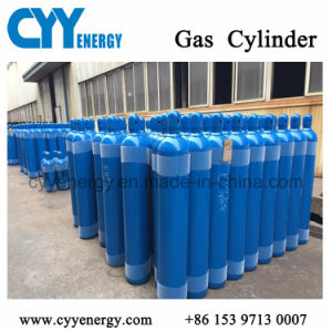 ISO Standard High Pressure Oxygen Gas Cylinder pictures & photos