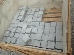 Black Basalt Cobblestone, Cobbles, Cubic, Paving Stone, Tumbled pictures & photos