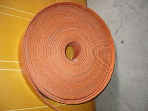 High Quality Cut Edge Flat Transmission Belt pictures & photos