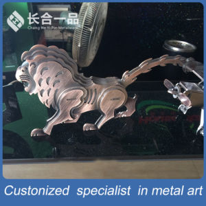 Factory Manufacture Metal Eiffel Tower Decoration Metalware for Display/Exhibition pictures & photos