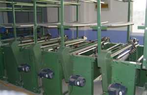 9g Semi-Automatic Flat Knitting Machine pictures & photos