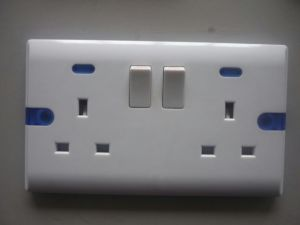 2015 New Design Double 13A Switched Socket with Blue Neon pictures & photos