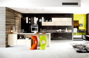 Modern Glossy Finish Wooden Furniture Kitchen Cabinet for Sale (customized) pictures & photos
