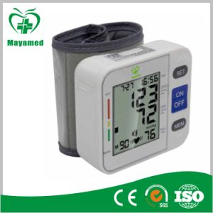 My-G026 Digital Wrist Blood Pressure Monitor with CE pictures & photos