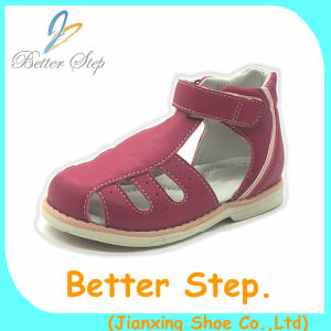 c631f706c0 China Soft Outsole Orthotic Orthopedic Shoes for Kids for Flat Feet ...