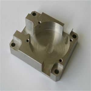 Machining CNC Heat Treatment Alum Brass Stainless Steel Metal Parts pictures & photos