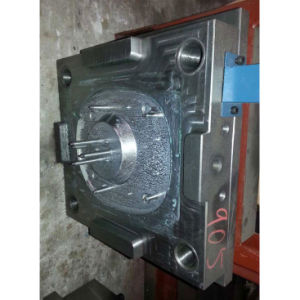 OEM Plastic Injection Mould Machine pictures & photos