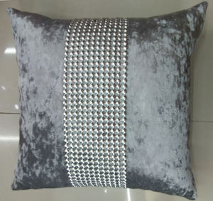 Hand-Made Decorative Cushion Hand-Sewing Diamond-Tape Pillow (XPL-28) pictures & photos