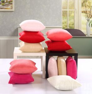 Shaped 100% Microfiber Fabric with Polyester Filling Cushions