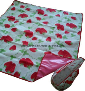 Competitive Price Camp with Waterproof Film Blanket