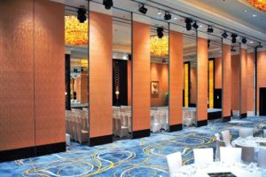 China Manufacturer Aluminium 100 Type Room Separation Operable Partition Wall for Banquet Hall
