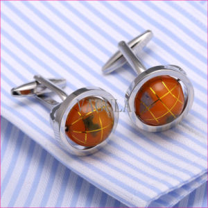 VAGULA Super Quality Cuffs Novelty Globe Cuff Links Gemelos Cufflinks 362 pictures & photos