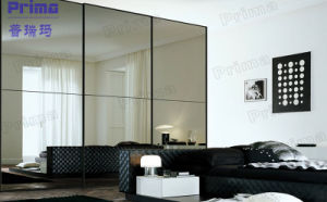 Hot Sale High Glossy Sliding Door Wardrobe pictures & photos