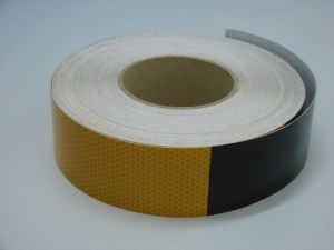 Yellow/Black Reflective Tape for Truck (T9000) pictures & photos