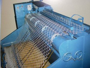 Automatic Chain Link Fence Machine (TYD-0018) pictures & photos