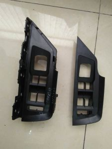Benz BMW Interior Exterior Trim Parts Plastic Injection Mould pictures & photos