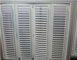 Topbright White Wood Louvered Shutter Windows for Promotion pictures & photos