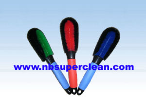 High Quality Plastic Tyre Brush, Car Wheel Cleaning Brush (CN1833) pictures & photos