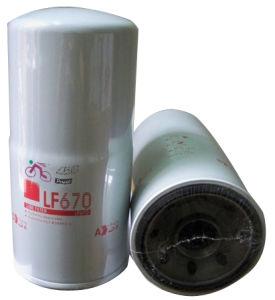 Fleetguard Filtro de aceite para motor Cummins de autobuses y camiones Daf/Volvo Iveco Kumatsu///Cat/JCB (LF670)