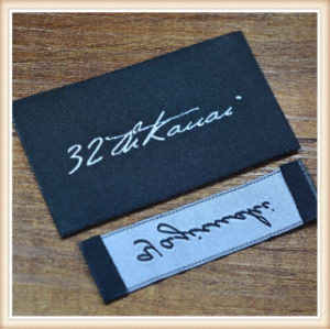 De Alta Densidad de la marca personalizada etiqueta tejida para prendas de vestir
