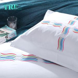 Yrf 4および最高のホテルの寝具の贅沢な寝具の慰める人セット