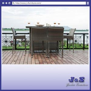 テラスのPolywoodの屋外の家具全天候用柳細工のBarstoolの庭の藤の家具(J374棒)