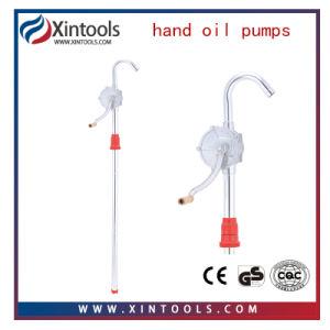 Accionar la bomba de lubricación de aceite de la mano