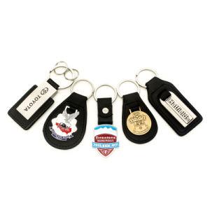 La promotion de gros personnalisé Design Logo Fashion trousseau de clés en métal doux en silicone PVC trousseau d'avertisseur sonore de chaussures en cuir plastique caoutchouc Anneau de clé de voiture à LED pour cadeau promotionnel