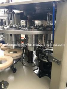 Máquina de fabricación de vasos de papel